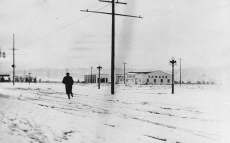 A person walking through the snow in Owensmouth in 1915..jpg